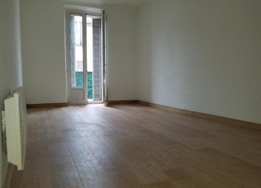 Appartement à louer 55m2 à Marignane