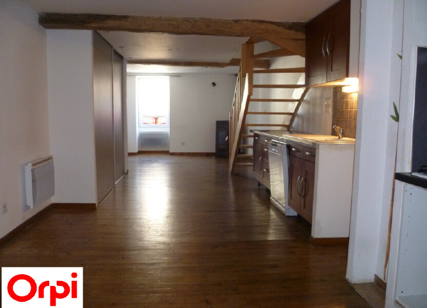 Appartement à louer 74.6m2 à Saint-Étienne-de-Saint-Geoirs
