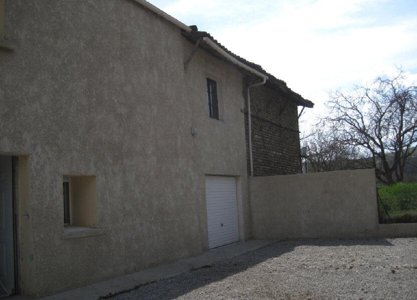 Maison à louer 72m2 à Geyssans