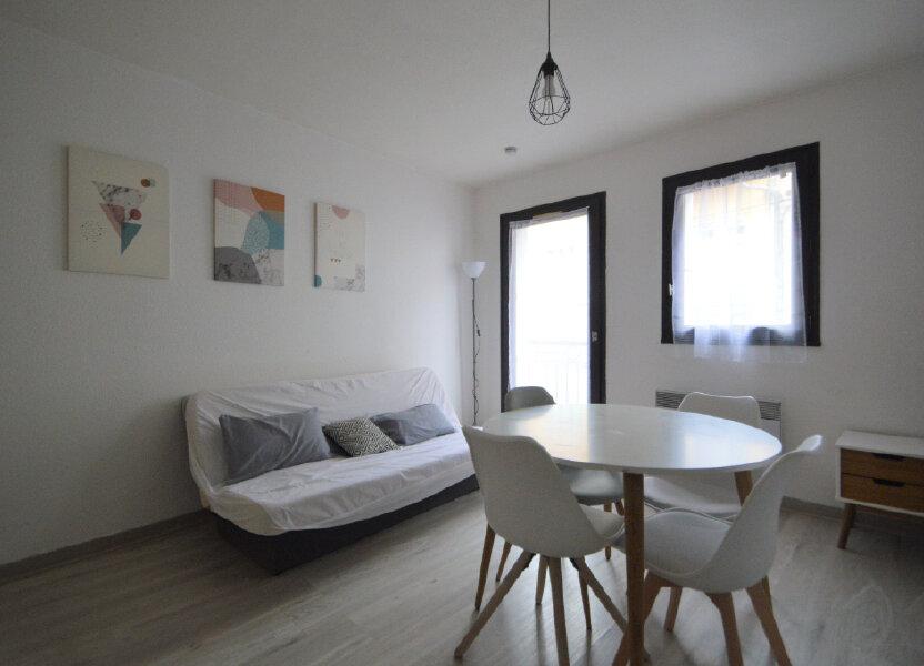 Appartement à louer 20.39m2 à Pau