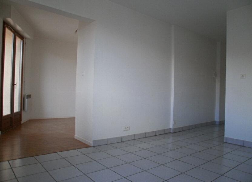 Appartement à louer 30.5m2 à Saint-Flour