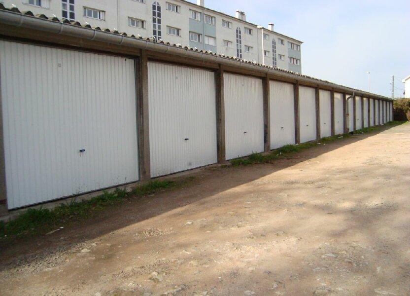 Stationnement à louer 10m2 à Nevers
