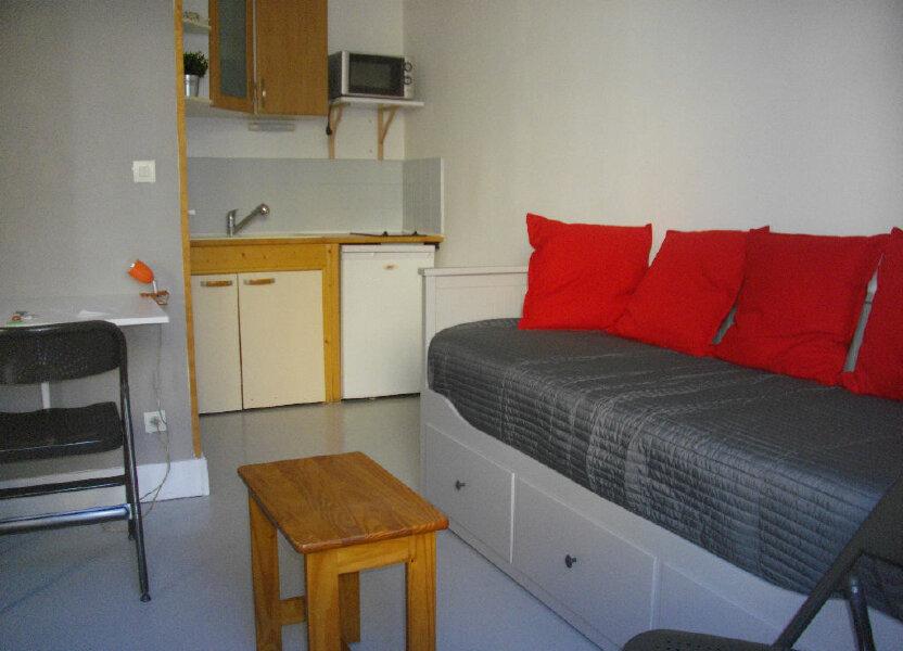 Appartement à louer 14.14m2 à Bourges