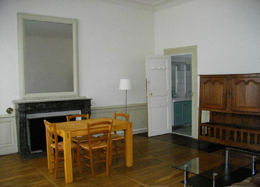 Appartement à louer 70.12m2 à Bourges