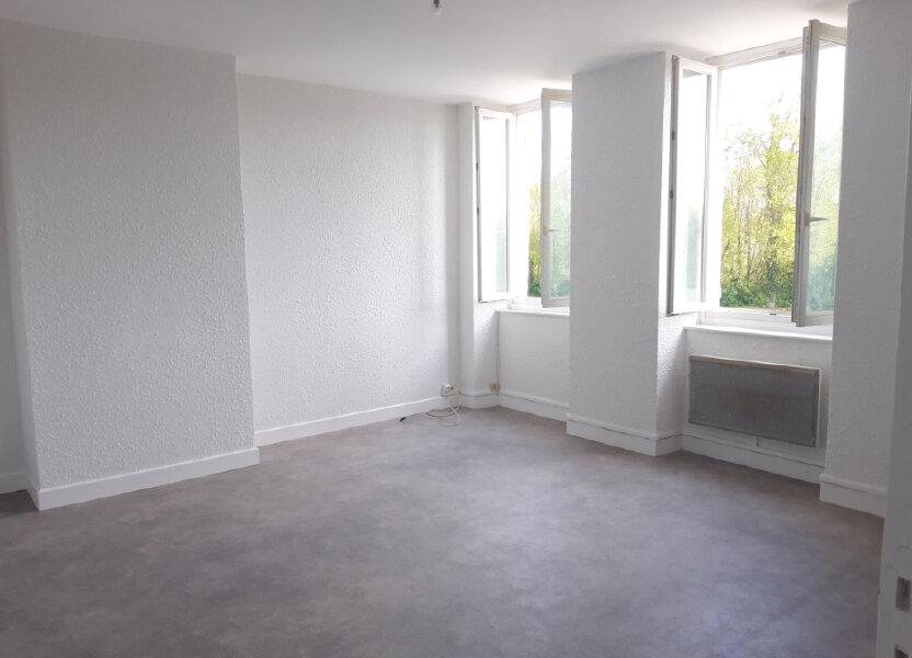 Appartement à louer 65m2 à Saint-Léger-des-Vignes