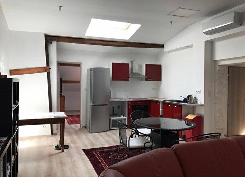 Appartement à louer 68m2 à Grenade