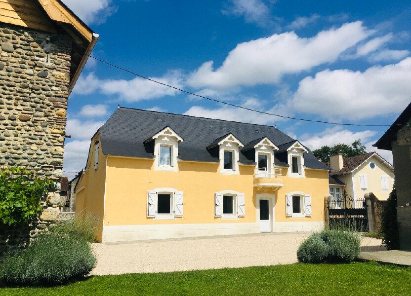 Maison à louer 156m2 à Noguères