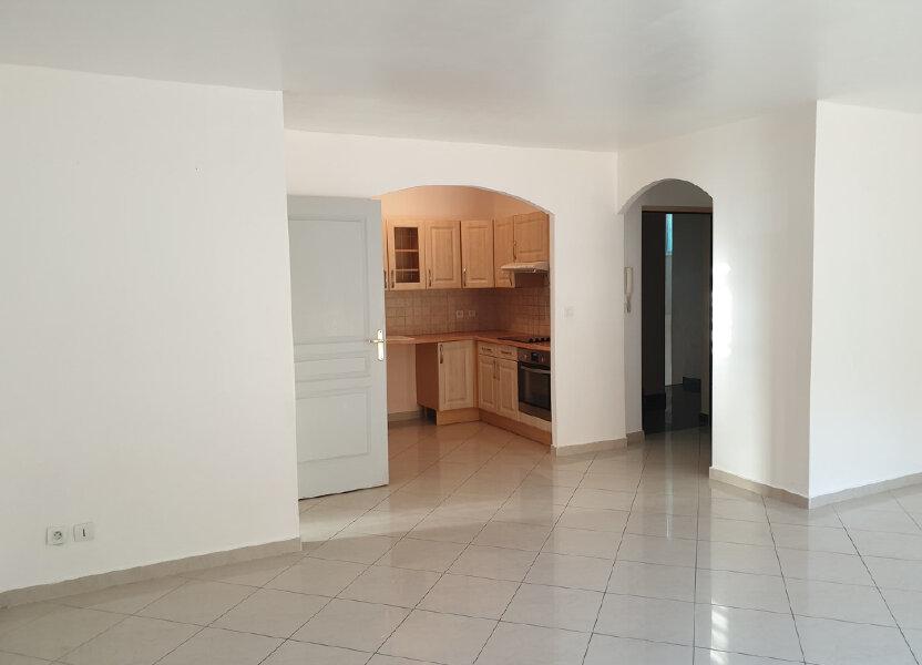 Appartement à louer 65m2 à Oraison