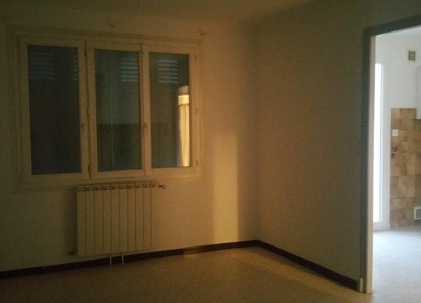 Maison à louer 65m2 à Vinon-sur-Verdon