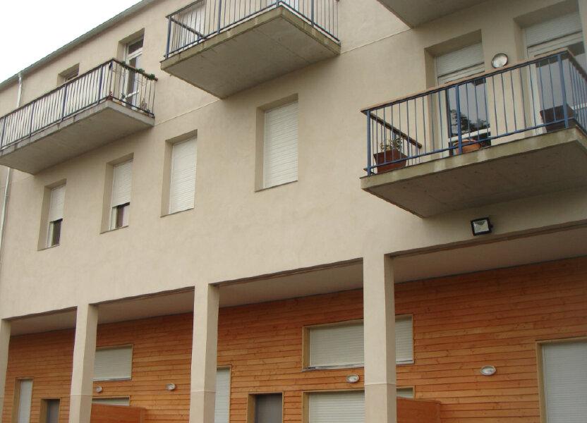 Appartement à louer 76m2 à Les Mées