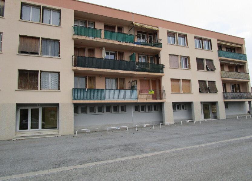 Appartement à louer 58m2 à Château-Arnoux-Saint-Auban