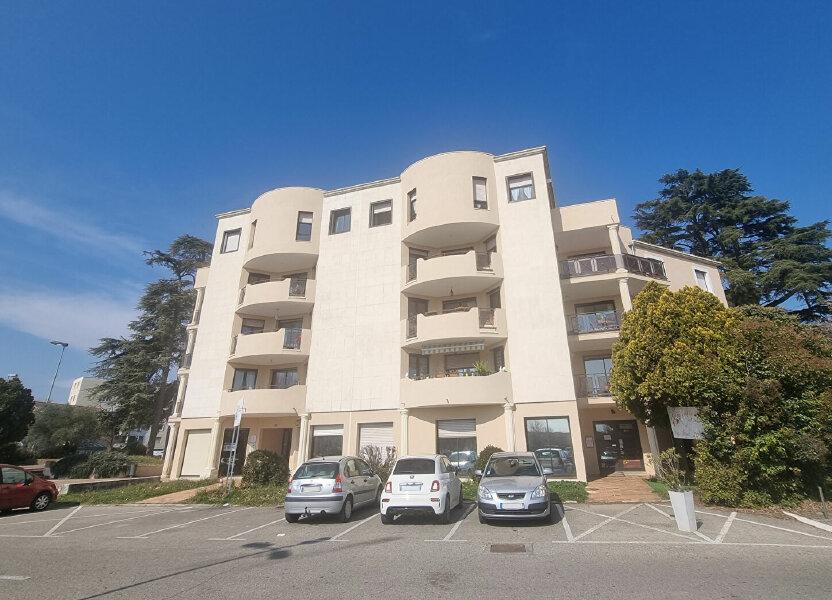 Appartement à louer 89m2 à Pont-Saint-Esprit