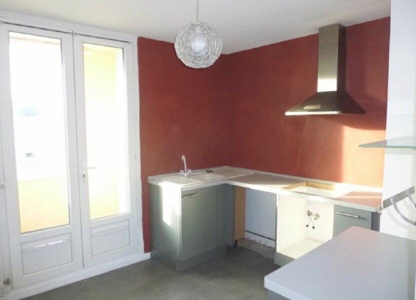 Appartement à louer 60.92m2 à Pont-Saint-Esprit