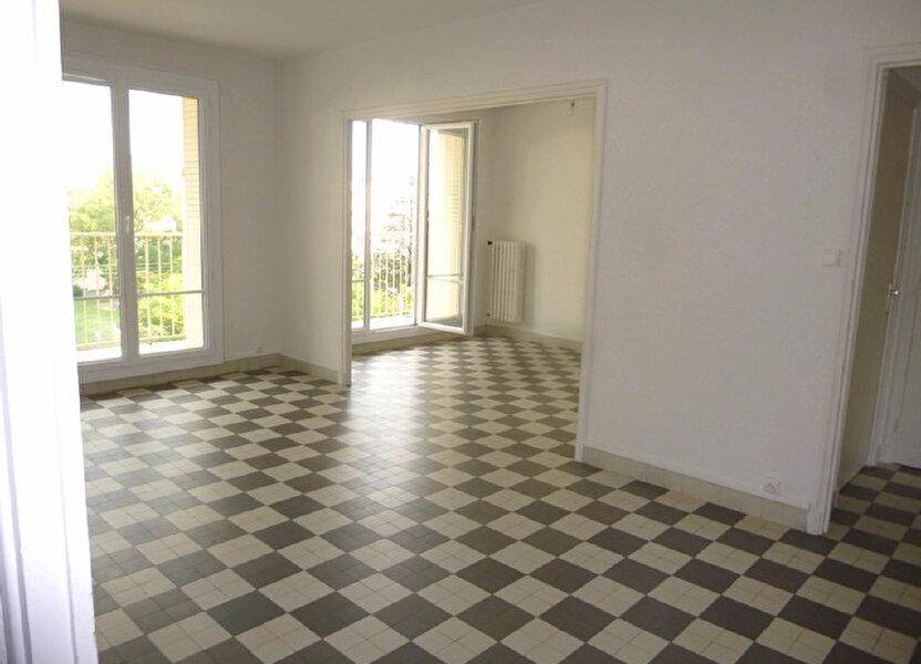 Appartement à louer 69.74m2 à Bourg-Saint-Andéol