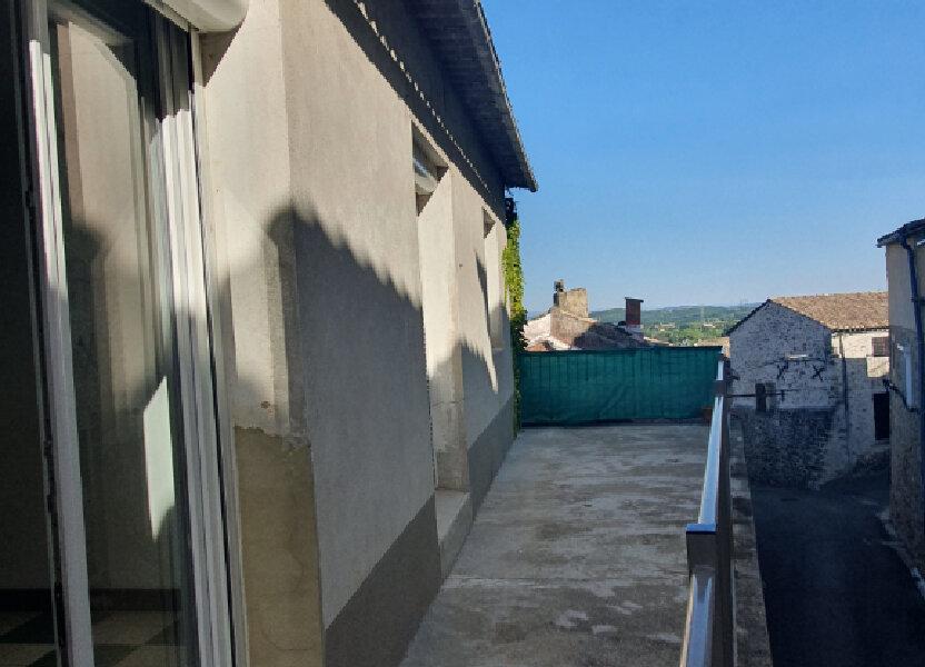 Appartement à louer 56m2 à Saint-Julien-de-Peyrolas