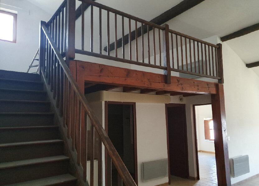 Appartement à louer 67.21m2 à Pont-Saint-Esprit