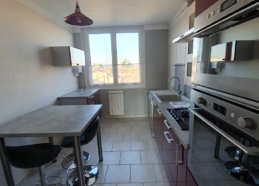 Appartement à louer 68.5m2 à Pont-Saint-Esprit