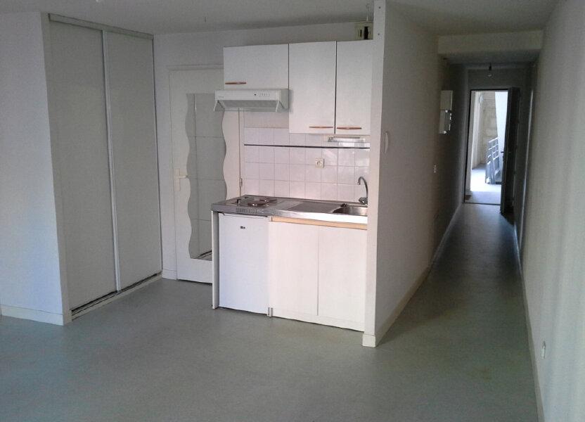 Appartement à louer 27.48m2 à La Rochelle