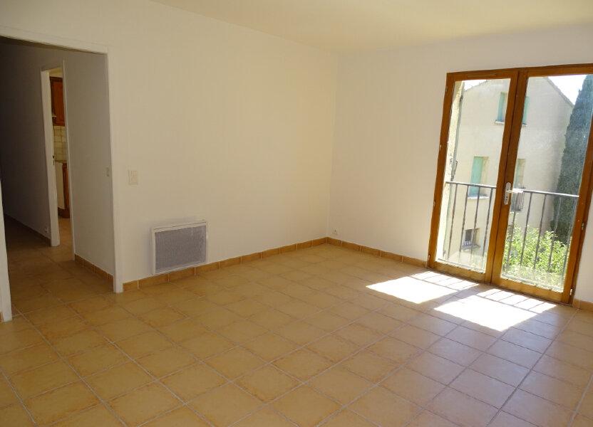 Appartement à louer 82m2 à Cadenet