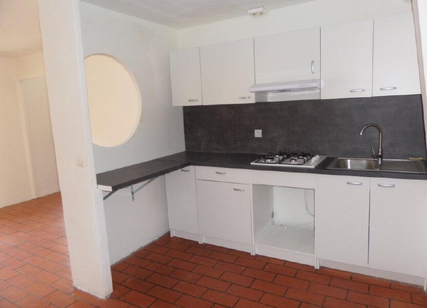 Appartement à louer 34m2 à Cadenet