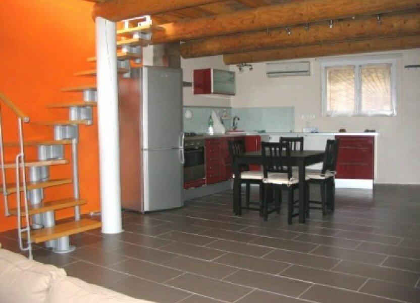 Appartement à louer 50m2 à Lauris