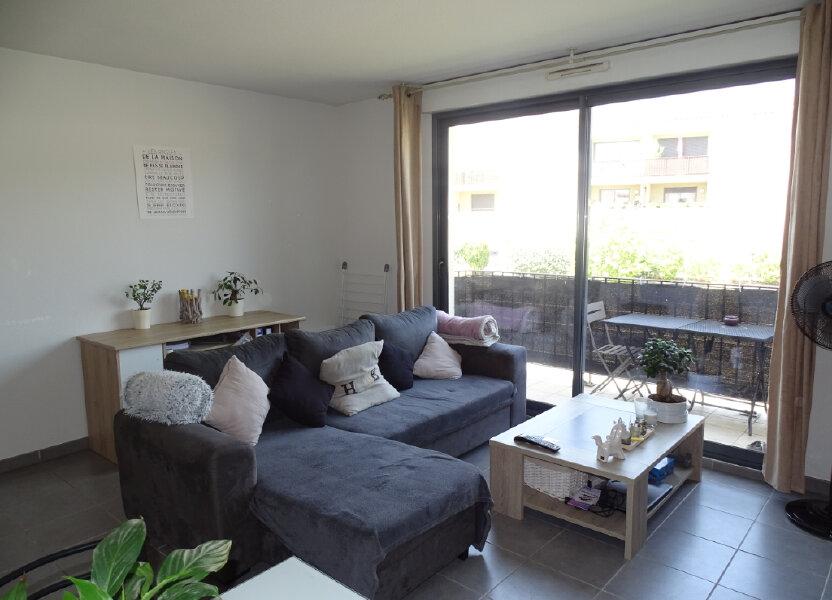 Appartement à louer 46m2 à Cadenet