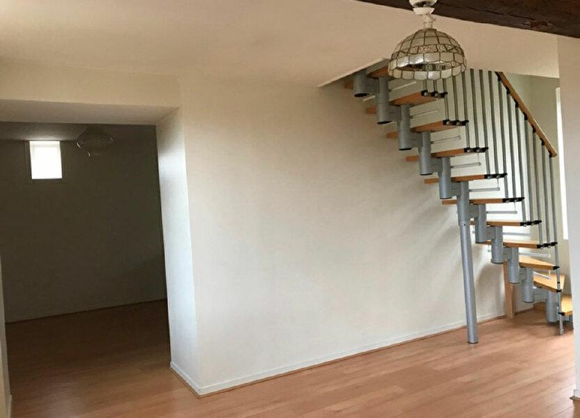 Appartement à louer 62m2 à Monchy-Humières
