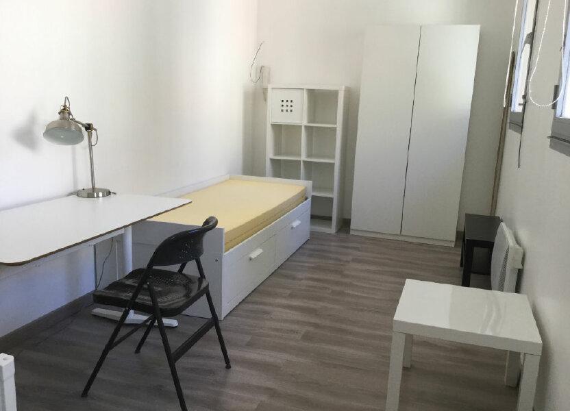 Appartement à louer 18m2 à Toulon