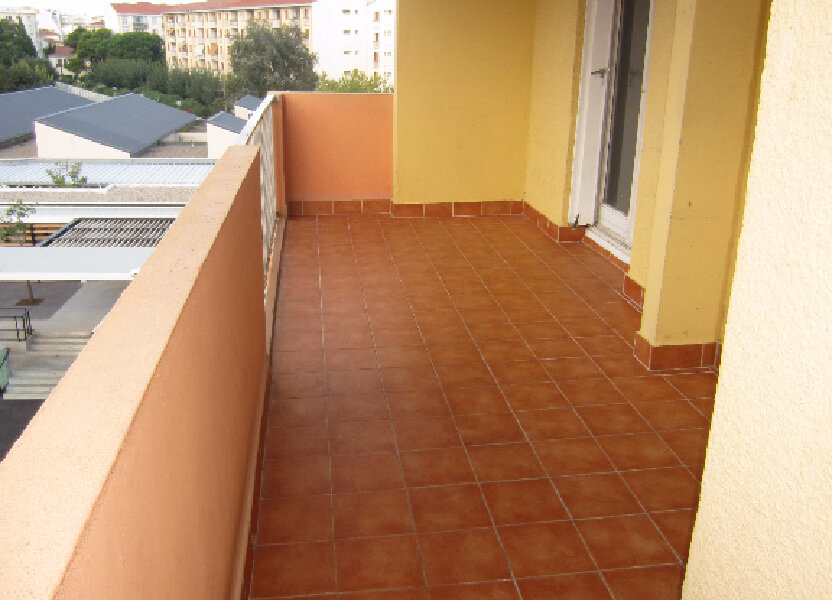 Appartement à louer 73.94m2 à Perpignan