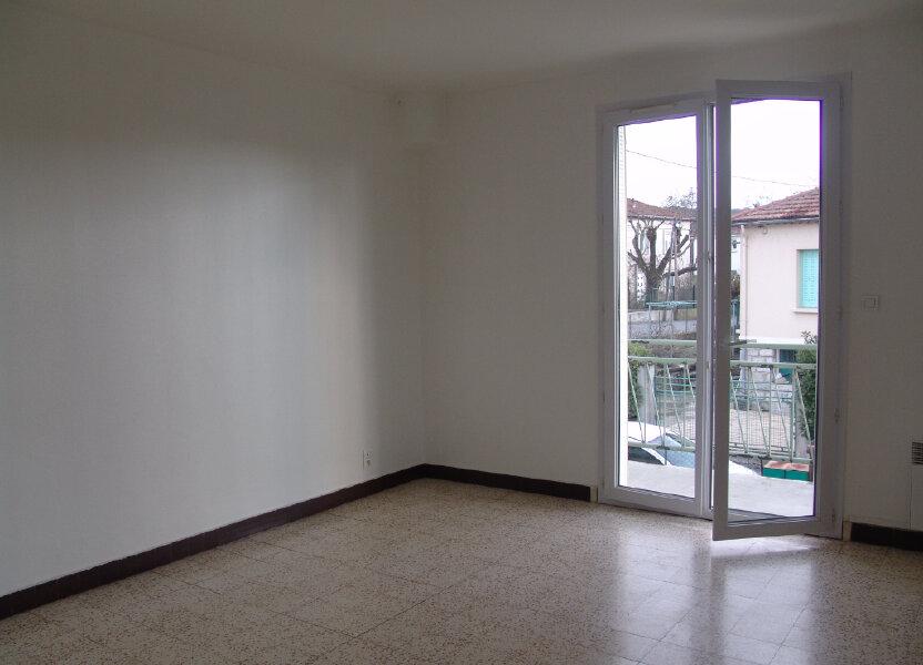 Appartement à louer 80m2 à Saint-Alban-Auriolles