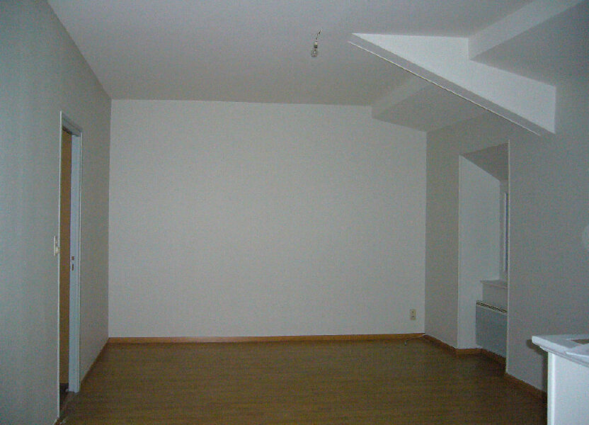 Appartement à louer 62m2 à Ruoms