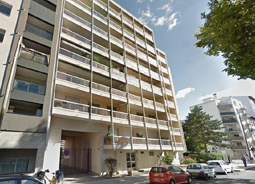 Appartement à louer 87.19m2 à Villeurbanne