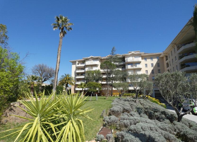 Appartement à louer 42.8m2 à Saint-Raphaël