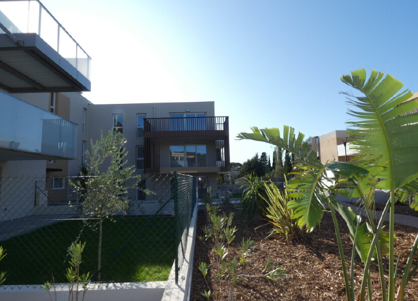 Appartement à louer 70.82m2 à Saint-Raphaël