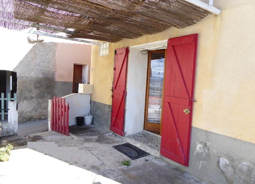 Maison à louer 55m2 à Claret