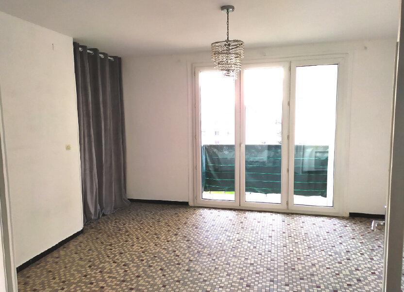 Appartement à louer 64.56m2 à Nîmes
