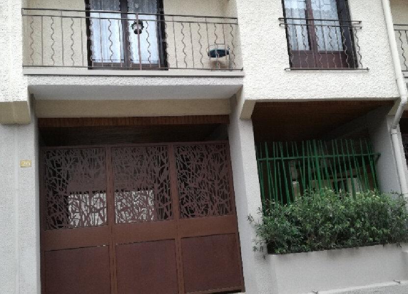 Appartement à louer 60.42m2 à Nîmes