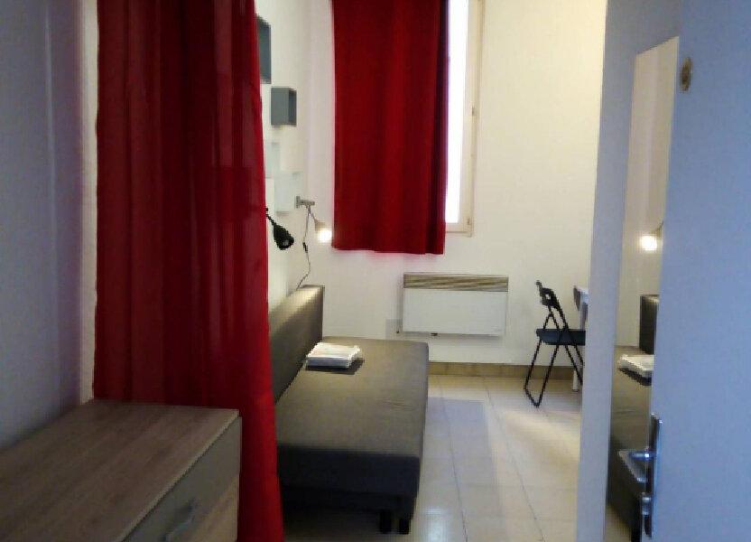 Appartement à louer 15m2 à Nîmes