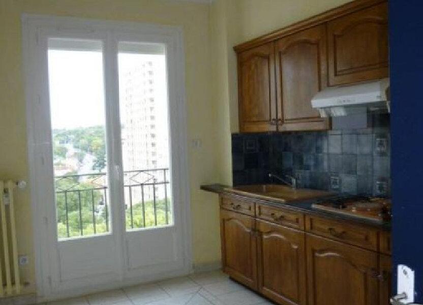 Appartement à louer 66m2 à Nîmes