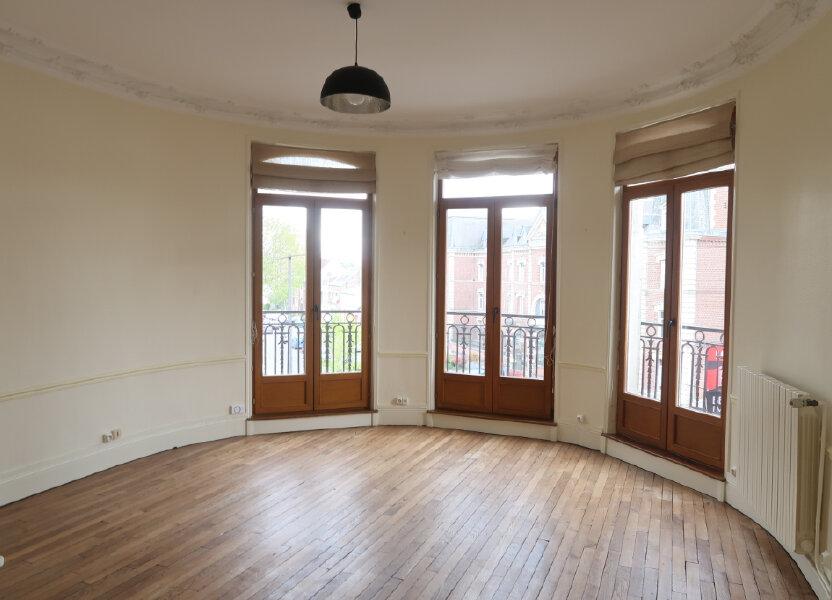 Appartement à louer 99.9m2 à Saint-Quentin