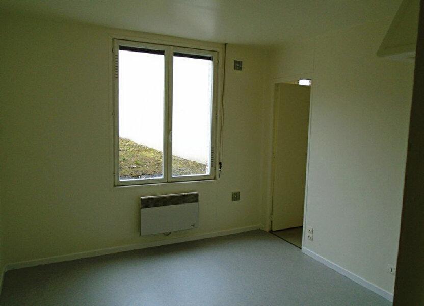 Appartement à louer 21.29m2 à Saint-Quentin