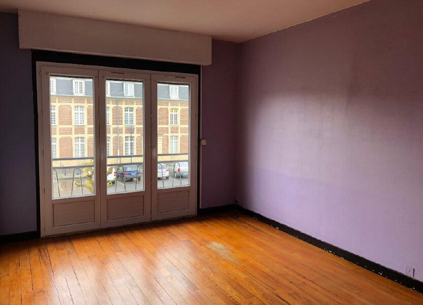 Appartement à louer 80m2 à La Fère