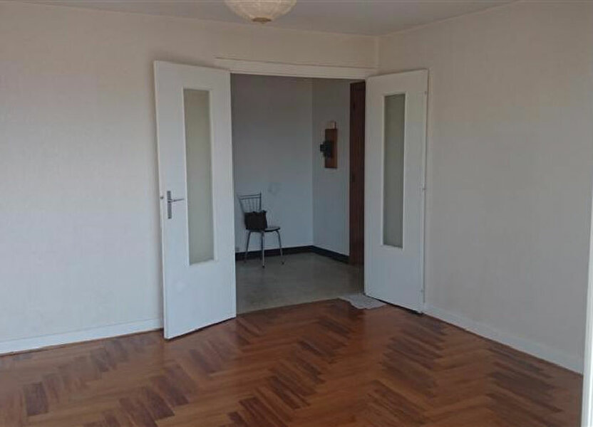 Appartement à louer 70m2 à Voiron