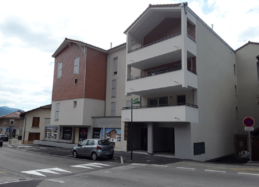 Appartement à louer 65m2 à La Buisse