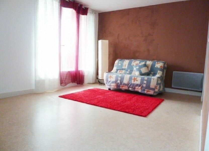 Appartement à louer 29m2 à Orléans