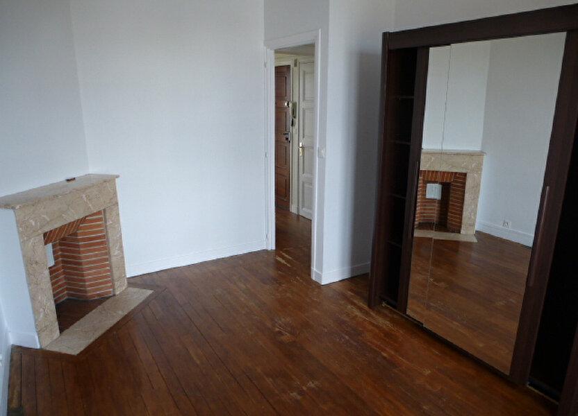 Appartement à louer 42.2m2 à Orléans