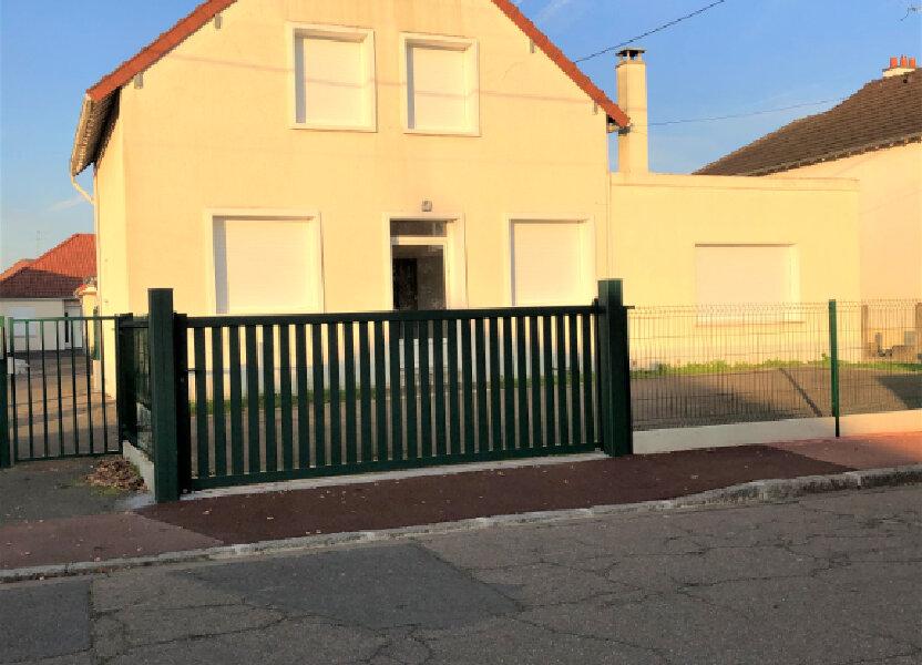 Maison à louer 117m2 à Saint-Jean-de-la-Ruelle