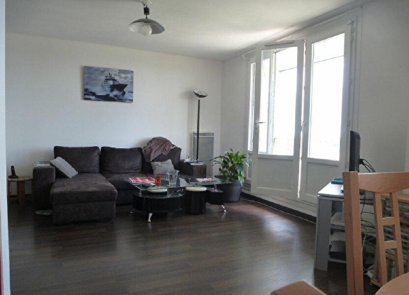 Appartement à louer 73m2 à Saint-Jean-de-la-Ruelle