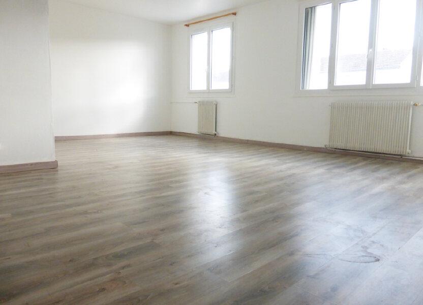 Appartement à louer 69.96m2 à Saint-Jean-de-la-Ruelle