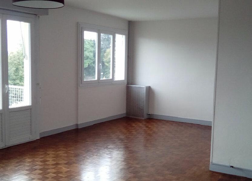 Appartement à louer 75.7m2 à Limoges